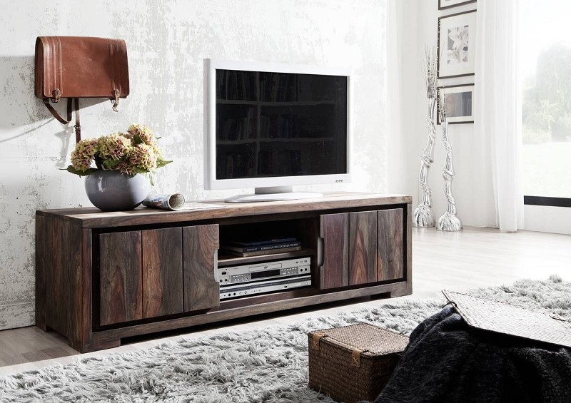 Masívny nábytok