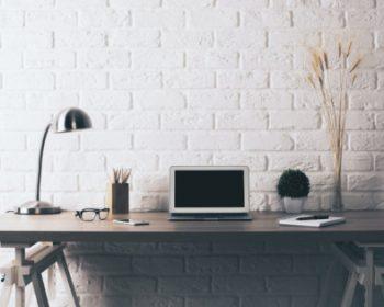 Pracujete z domu? Vytvorte si praktický a pohodlný kútik.