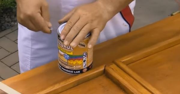 Renovácia drevených vchodových dverí